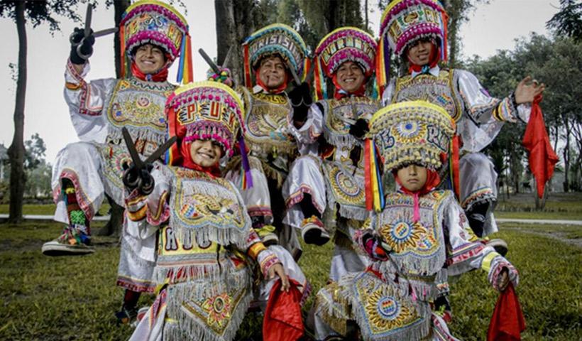 Danzantes de tijera, baile para niños escolares